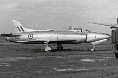 Supermarine_Swift_F.1_WK195_V-A_BLA_13.9