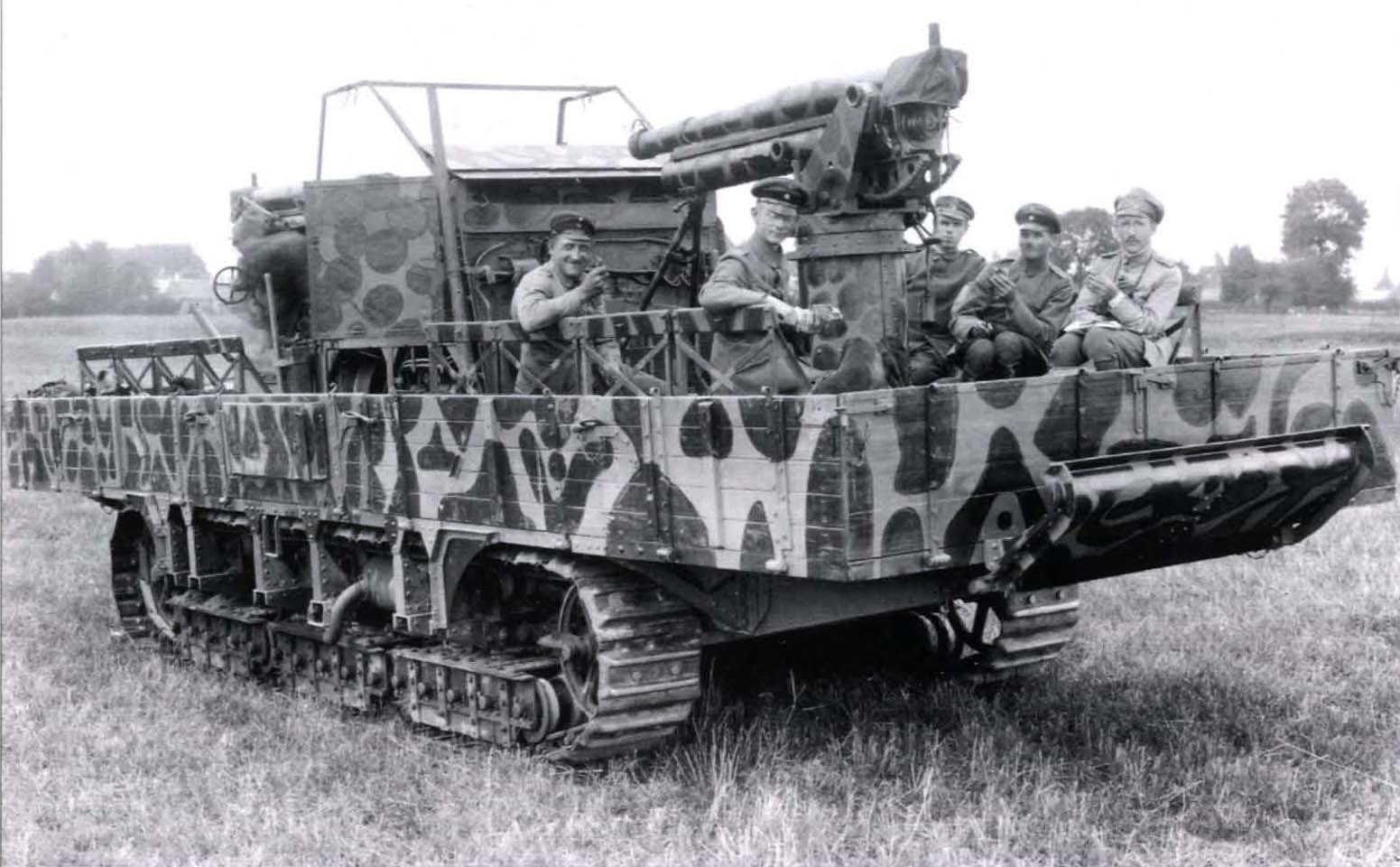 A7V Überlandwagen Als Selbstfahrlafette Für Zwei 7,62cm