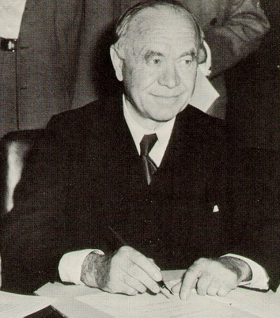 an overview of the canadian hero lord beaverbrook