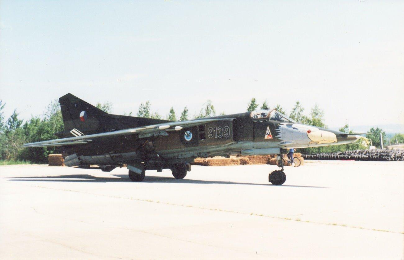 MiG 23 (航空機)の画像 p1_27