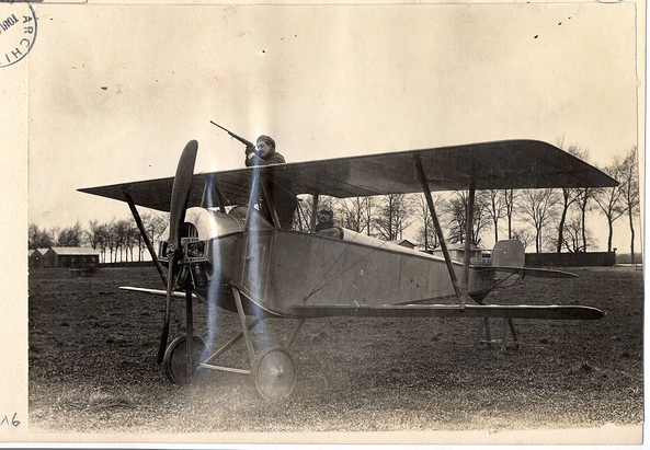 Nieuport_10B_prototype_with_pilot_and_gunner