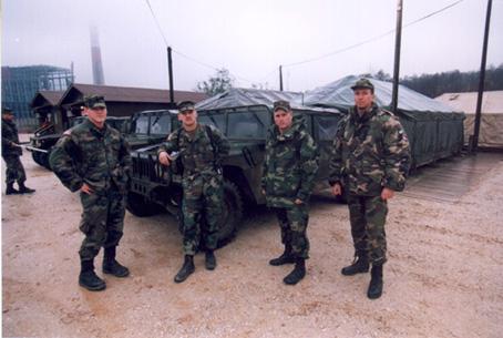 staviarsky-vpravo-SFOR