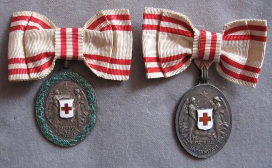 Strieborné medaile na dámskych stuhách foto: Ivan Chudý