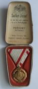 Jubilejný kríž v krabičke  [foto: zbierka autora]